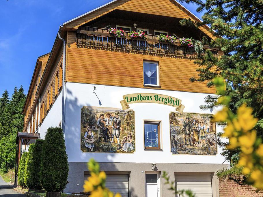 Landhaus Bergidyll, city – Logis-Partner Stoneman Miriquidi MTB